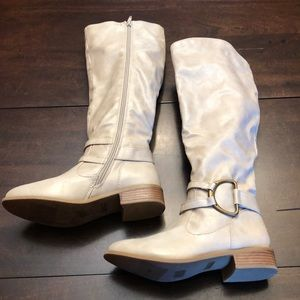 Just Fab boots faux fur lining. Size 5.5. New